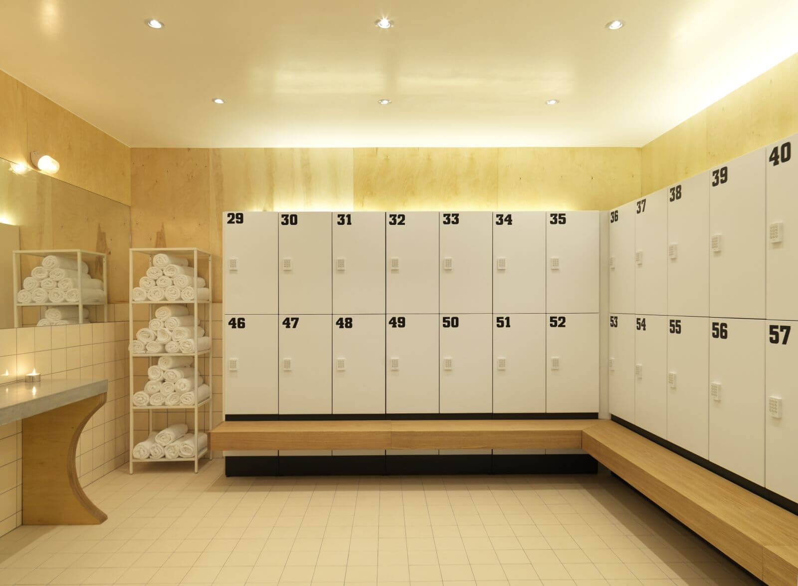 Phenolic lockers with steel body gym for