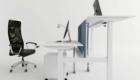 Electrically adjustable desk
