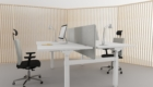 electrically_adjustable_desk_3