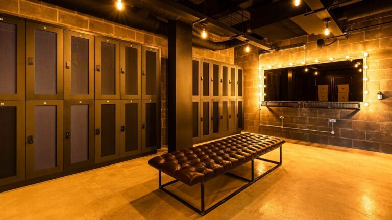 atepaa lockers and furniture design gym interior